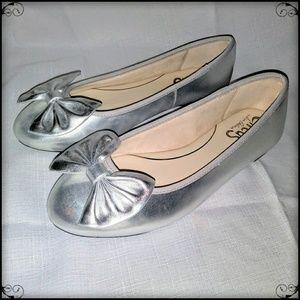 Silver Metallic Leather Ballerina Bow Flats Sz 7